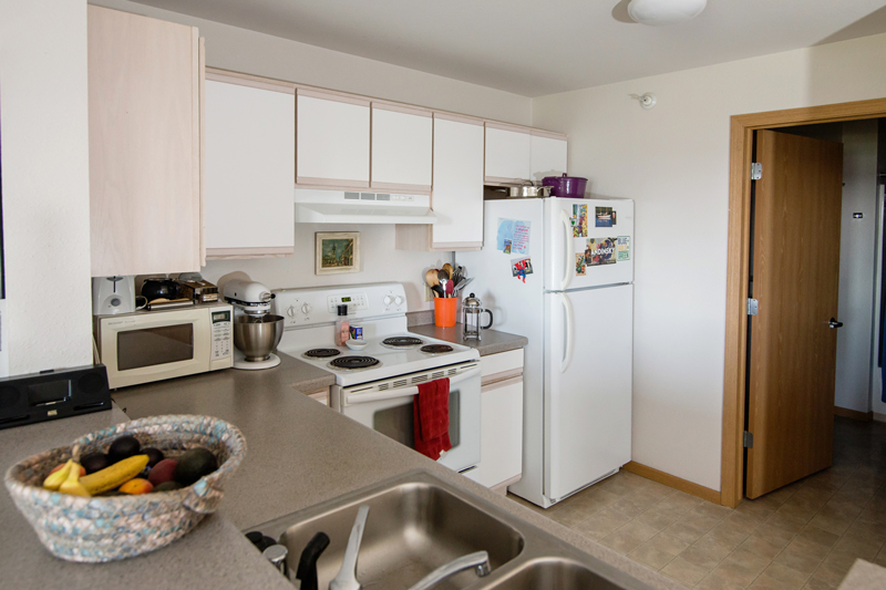 Clybourn Place - Kitchen