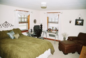Cape Cod House - Bedroom
