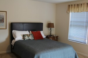 Sauk Gardens - Bedroom