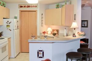 Sauk Gardens - Kitchen
