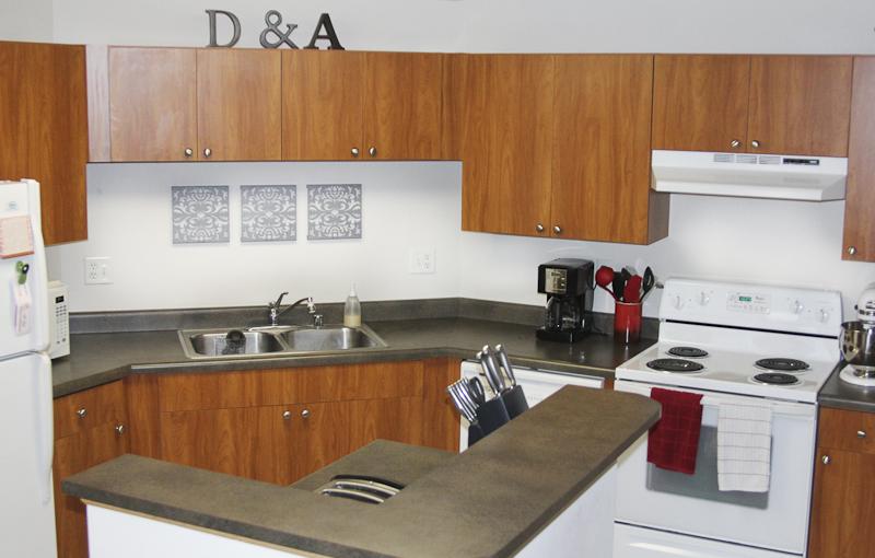 Cortland Pond - Kitchen