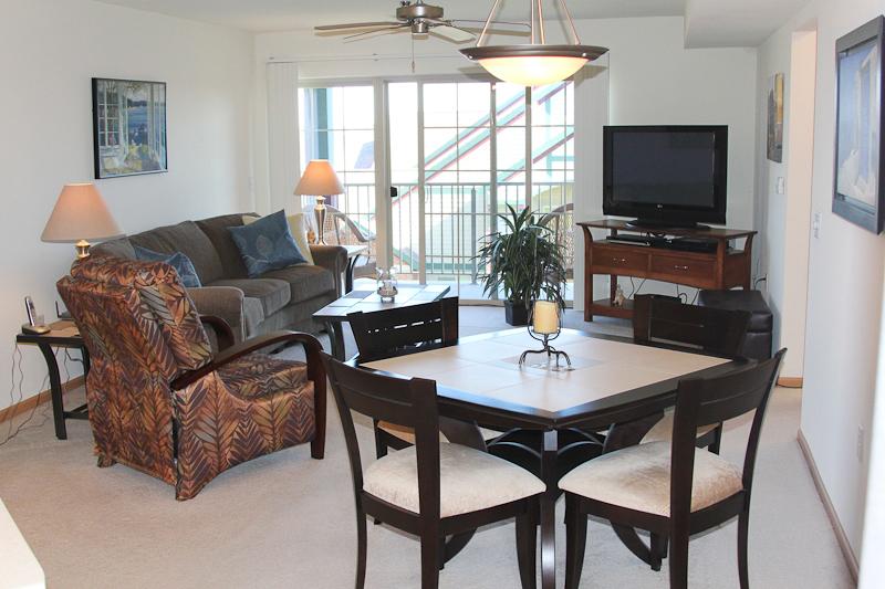 Hawks Landing - Living Room