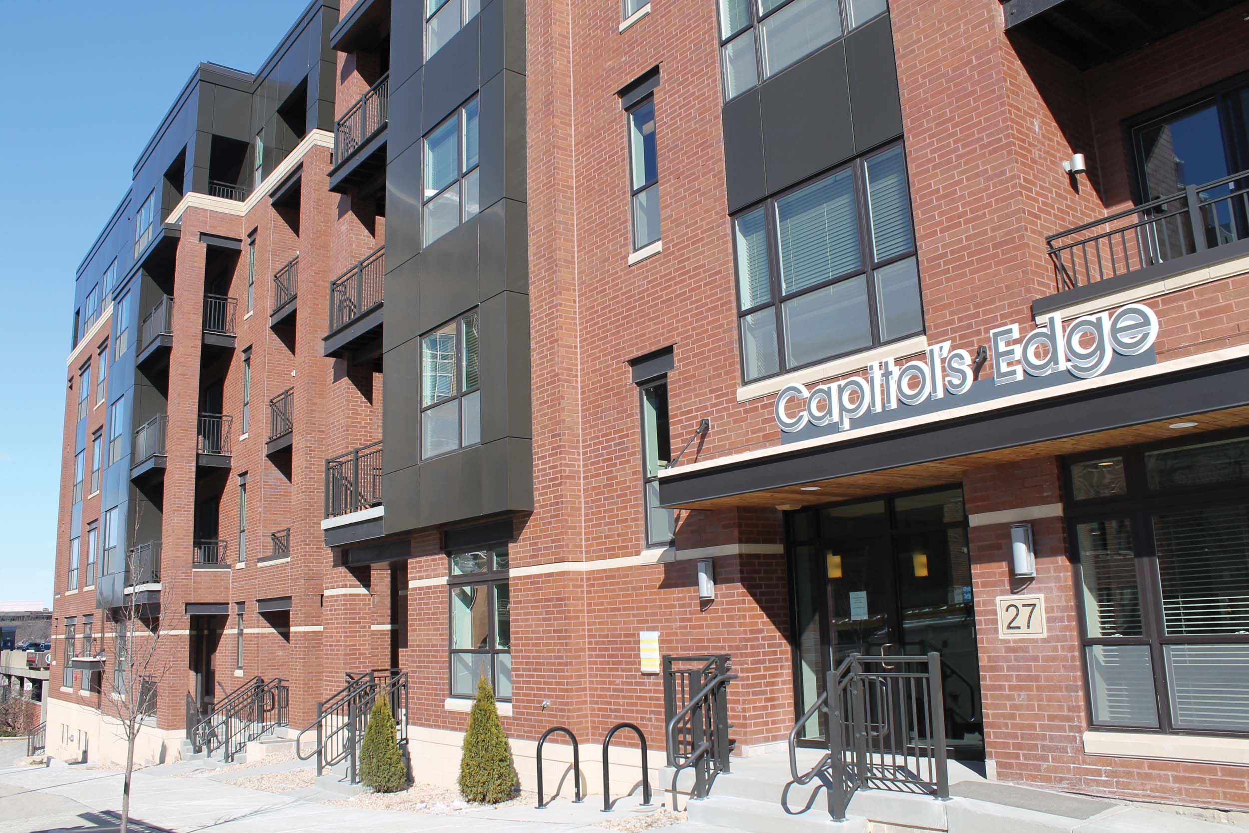 Capitol's Edge Apartments - Entrance