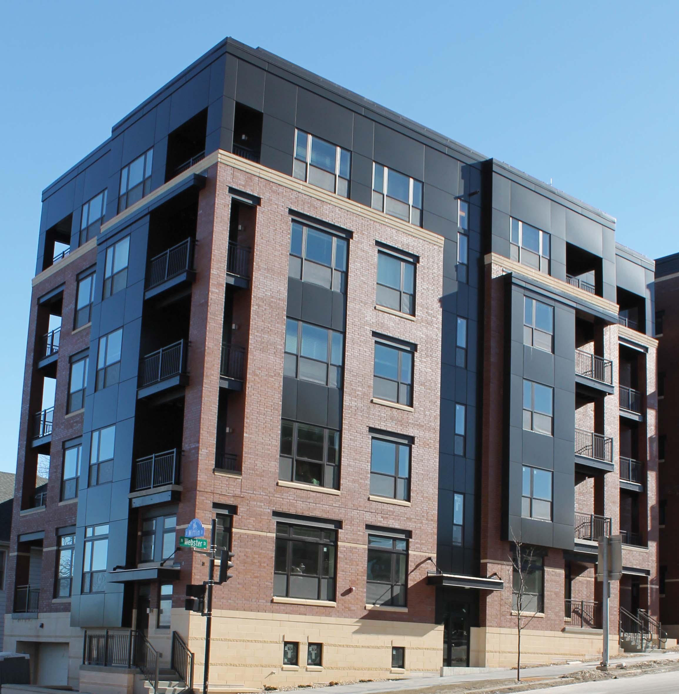 Capitol's Edge Apartments - Building