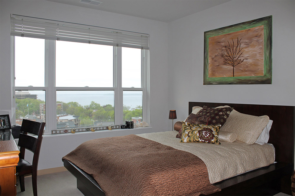 Capitol's Edge Apartments - Bedroom