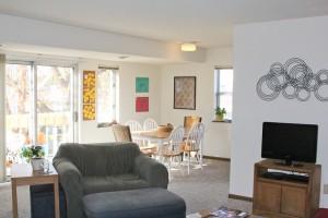 College Park Springbrook Row - Living Room