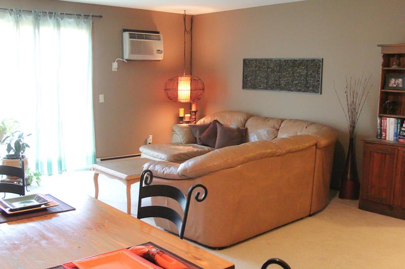 Pheasant Lane - Living Room