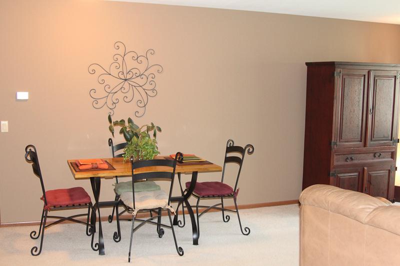 Pheasant Lane - Dining Room