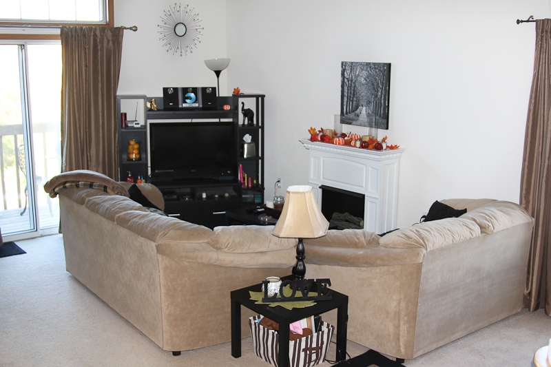 Rivers Edge DeForest - Living Room