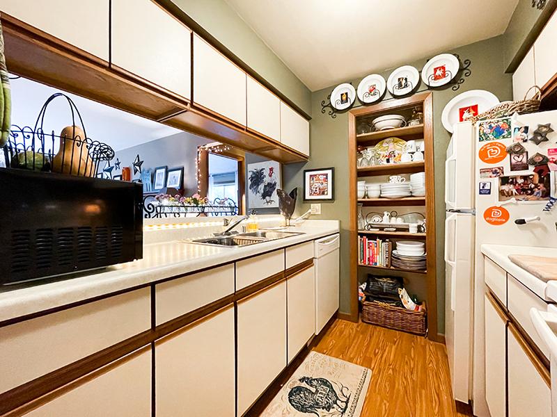 Pheasant Run II kitchen