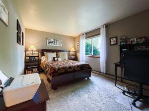 Pheasant Run II bedroom office