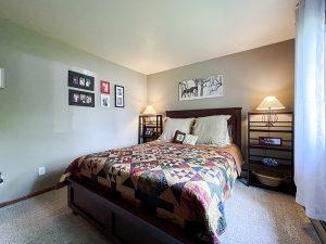 Pheasant Run II bedroom